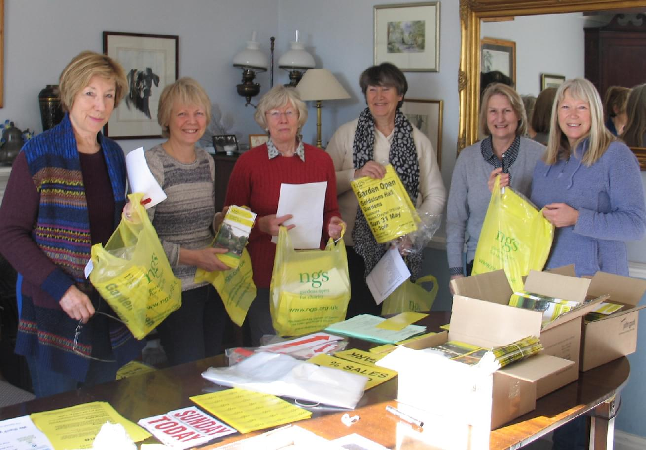 National-Gardens-Scheme-helpers-2015